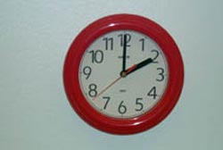 analog clock saying 2:00
